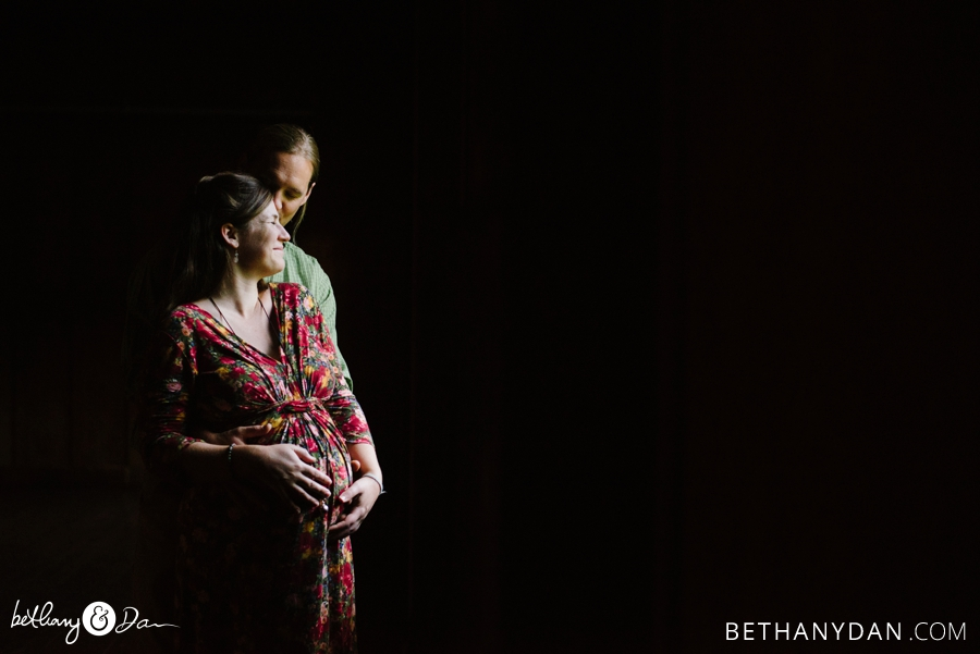 Erin and Ethan Maternity 0144