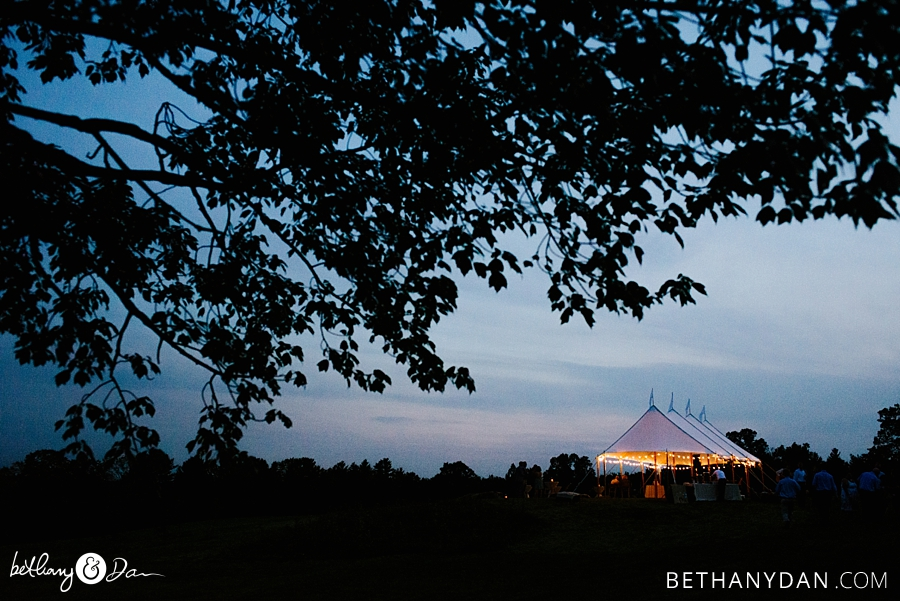 The dancing tent