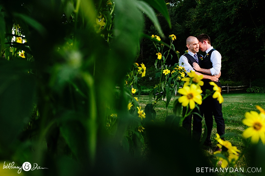 The grooms and flowers